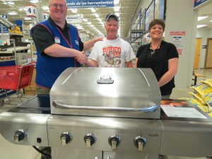 (L-R) Lowe's Manager George Worrell, blood donor Roger Grilliot, CBC Darke Co. Rep. Dana Putbaugh.